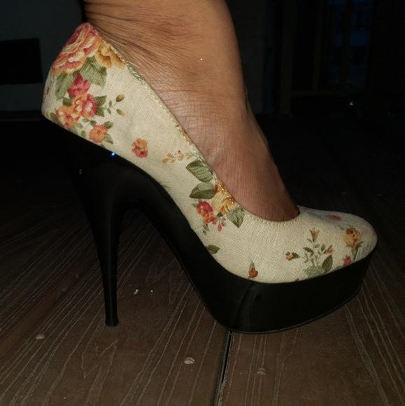 Ralph Lauren Shoes | Floral Stilettos